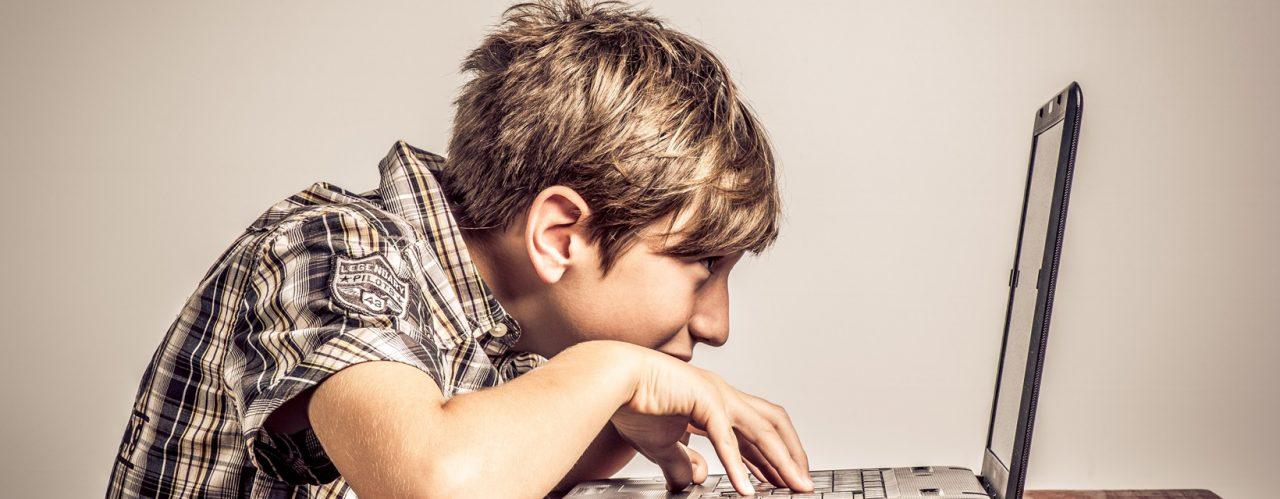 Вебинар «Интернет-зависимость у детей и подростков.  Как распознать и уберечь»